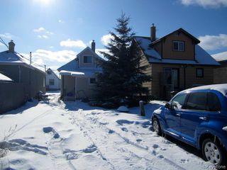 Photo 3: 731 McCalman Avenue in WINNIPEG: East Kildonan Residential for sale (North East Winnipeg)  : MLS®# 1503151