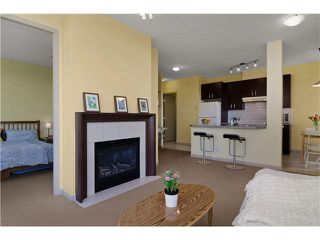 "Photo 6: 703 7388 SANDBORNE Avenue in Burnaby: South Slope Condo for sale in ""MAYFAIR PLACE"" (Burnaby South)  : MLS®# V1108357"