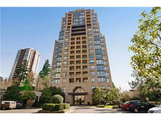 "Photo 12: 703 7388 SANDBORNE Avenue in Burnaby: South Slope Condo for sale in ""MAYFAIR PLACE"" (Burnaby South)  : MLS®# V1108357"