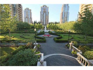 "Photo 14: 703 7388 SANDBORNE Avenue in Burnaby: South Slope Condo for sale in ""MAYFAIR PLACE"" (Burnaby South)  : MLS®# V1108357"