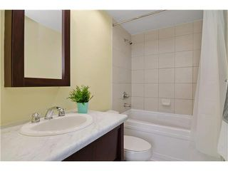"Photo 8: 703 7388 SANDBORNE Avenue in Burnaby: South Slope Condo for sale in ""MAYFAIR PLACE"" (Burnaby South)  : MLS®# V1108357"
