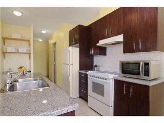 "Photo 4: 703 7388 SANDBORNE Avenue in Burnaby: South Slope Condo for sale in ""MAYFAIR PLACE"" (Burnaby South)  : MLS®# V1108357"