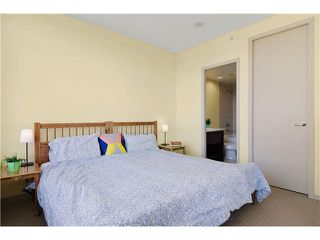 "Photo 7: 703 7388 SANDBORNE Avenue in Burnaby: South Slope Condo for sale in ""MAYFAIR PLACE"" (Burnaby South)  : MLS®# V1108357"