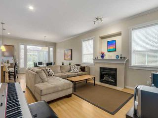 "Photo 2: 1 4887 CENTRAL Avenue in Ladner: Hawthorne Townhouse for sale in ""CENTRAL PARK WEST"" : MLS®# V1116348"