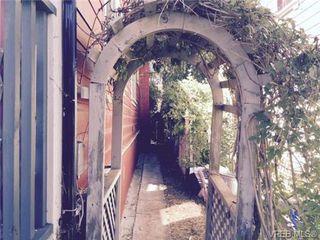 Photo 2: 311 Simcoe St in VICTORIA: Vi James Bay House for sale (Victoria)  : MLS®# 707598