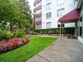 "Photo 15: 1008 1251 CARDERO Street in Vancouver: West End VW Condo for sale in ""The Suncrest"" (Vancouver West)  : MLS®# V1143076"
