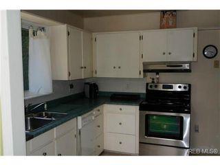Photo 14: 1723 Albert Ave in VICTORIA: Vi Fernwood House for sale (Victoria)  : MLS®# 736672