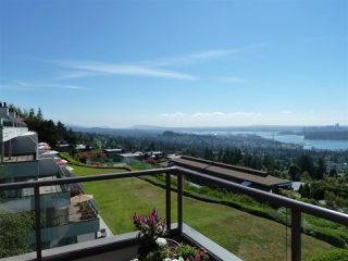 "Photo 2: 45 2238 FOLKESTONE Way in West Vancouver: Panorama Village Condo for sale in ""Panorama Village"" : MLS®# R2101281"