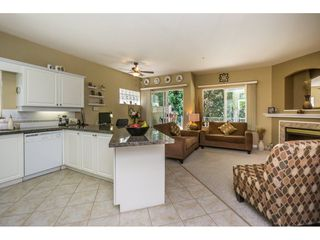 """Photo 10: 65 9025 216 Street in Langley: Walnut Grove Townhouse for sale in """"COVENTRY WOODS"""" : MLS®# R2104028"""
