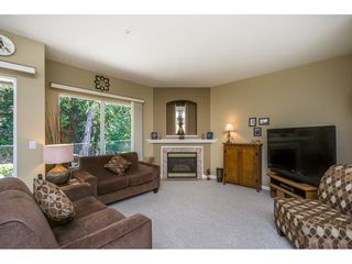 """Photo 12: 65 9025 216 Street in Langley: Walnut Grove Townhouse for sale in """"COVENTRY WOODS"""" : MLS®# R2104028"""