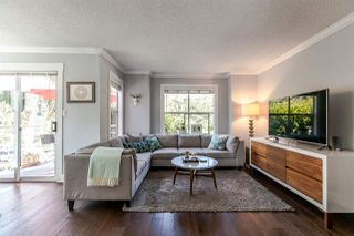 "Photo 3: 1 920 TOBRUCK Avenue in North Vancouver: Hamilton Townhouse for sale in ""THE PARKSIDE"" : MLS®# R2104881"