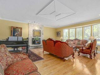 Photo 3: 3446 PIPER Avenue in Burnaby: Government Road House for sale (Burnaby North)  : MLS®# R2107901