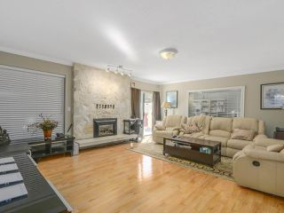 Photo 7: 3446 PIPER Avenue in Burnaby: Government Road House for sale (Burnaby North)  : MLS®# R2107901