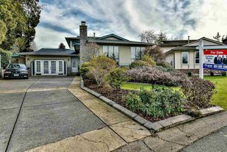 Photo 1: 15120 SPENSER Court in Surrey: Bear Creek Green Timbers House for sale : MLS®# R2130715
