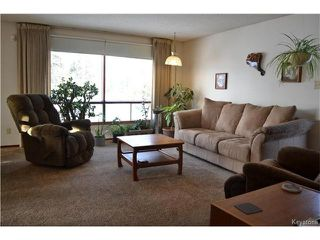 Photo 3: 608 Forbes Road in Winnipeg: South St Vital Residential for sale (2M)  : MLS®# 1704579