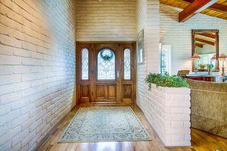 Photo 6: SOUTH ESCONDIDO House for sale : 3 bedrooms : 2602 Groton Place in Escondido