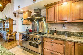 Photo 10: SOUTH ESCONDIDO House for sale : 3 bedrooms : 2602 Groton Place in Escondido