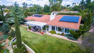 Photo 19: SOUTH ESCONDIDO House for sale : 3 bedrooms : 2602 Groton Place in Escondido