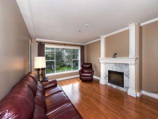 Photo 4: 211 1150 54A Street in Delta: Tsawwassen Central Condo for sale (Tsawwassen)  : MLS®# R2150735
