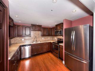 Photo 7: 211 1150 54A Street in Delta: Tsawwassen Central Condo for sale (Tsawwassen)  : MLS®# R2150735