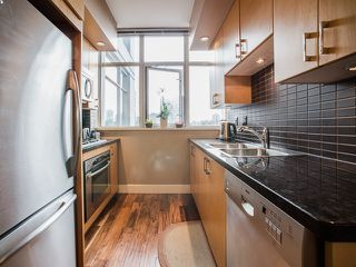 Photo 7: 801 1050 Smithe Street in Vancouver: West End VW Condo for sale (Vancouver West)  : MLS®# R2028315