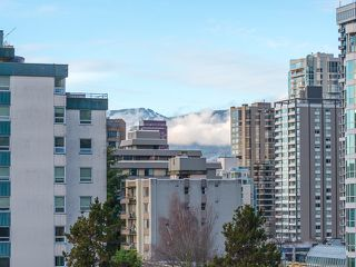 Photo 16: 801 1050 Smithe Street in Vancouver: West End VW Condo for sale (Vancouver West)  : MLS®# R2028315
