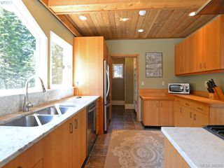Photo 8: 1040 Matheson Lake Park Rd in VICTORIA: Me Pedder Bay House for sale (Metchosin)  : MLS®# 764215