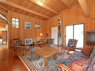 Photo 3: 1040 Matheson Lake Park Rd in VICTORIA: Me Pedder Bay House for sale (Metchosin)  : MLS®# 764215