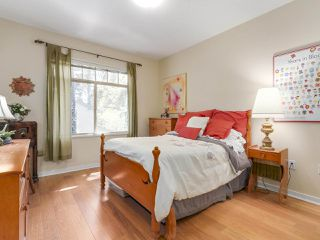 "Photo 13: 205 3125 CAPILANO Crescent in North Vancouver: Capilano NV Condo for sale in ""Capilano Ridge"" : MLS®# R2189139"