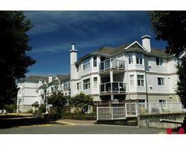 Photo 1: 205 12739 72 Avenue in Surrey: West Newton Condo for sale : MLS®# R2197079