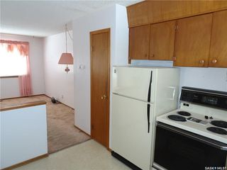 Photo 4: 203 Dorothy Street in Regina: Dieppe Place Residential for sale : MLS®# SK711064