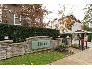 "Photo 1: 7 2689 PARKWAY Drive in Surrey: King George Corridor Townhouse for sale in ""Allure"" (South Surrey White Rock)  : MLS®# R2221901"