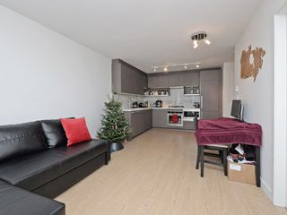 """Photo 4: 3907 13750 100 Avenue in Surrey: Whalley Condo for sale in """"PARK AVENUE"""" (North Surrey)  : MLS®# R2227030"""