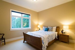 Photo 12: 4436 216 Street in Langley: Murrayville House for sale : MLS®# R2229344