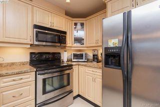 Photo 3: 305 4536 Viewmont Avenue in VICTORIA: SW Royal Oak Condo Apartment for sale (Saanich West)  : MLS®# 387067