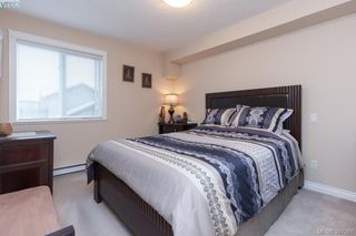 Photo 10: 305 4536 Viewmont Avenue in VICTORIA: SW Royal Oak Condo Apartment for sale (Saanich West)  : MLS®# 387067