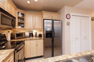 Photo 2: 305 4536 Viewmont Avenue in VICTORIA: SW Royal Oak Condo Apartment for sale (Saanich West)  : MLS®# 387067