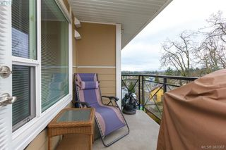 Photo 16: 305 4536 Viewmont Avenue in VICTORIA: SW Royal Oak Condo Apartment for sale (Saanich West)  : MLS®# 387067