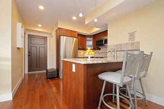 Photo 4: 301 1494 Fairfield Road in VICTORIA: Vi Fairfield West Condo Apartment for sale (Victoria)  : MLS®# 389023
