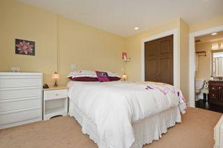 Photo 14: 301 1494 Fairfield Road in VICTORIA: Vi Fairfield West Condo Apartment for sale (Victoria)  : MLS®# 389023