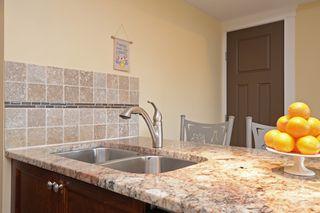 Photo 8: 301 1494 Fairfield Road in VICTORIA: Vi Fairfield West Condo Apartment for sale (Victoria)  : MLS®# 389023