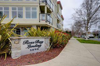 Photo 2: 301 1494 Fairfield Road in VICTORIA: Vi Fairfield West Condo Apartment for sale (Victoria)  : MLS®# 389023