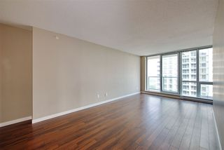 Photo 2: 3009 13688 100 AVENUE in Surrey: Whalley Condo for sale (North Surrey)  : MLS®# R2194334