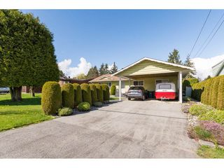Photo 1: 13439 66A Avenue in Surrey: West Newton House for sale : MLS®# R2257209