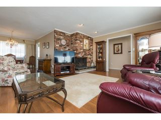 Photo 7: 13439 66A Avenue in Surrey: West Newton House for sale : MLS®# R2257209