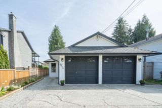 Photo 1: 1816 COQUITLAM Avenue in Port Coquitlam: Glenwood PQ House for sale : MLS®# R2261160