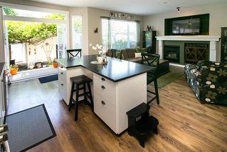 Photo 8: 8663 206B Street in Langley: Walnut Grove House for sale : MLS®# R2273407