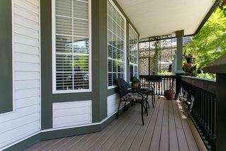 Photo 2: 8663 206B Street in Langley: Walnut Grove House for sale : MLS®# R2273407