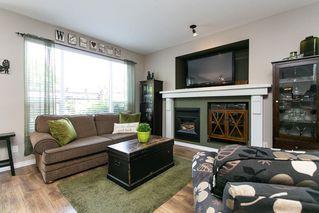 Photo 5: 8663 206B Street in Langley: Walnut Grove House for sale : MLS®# R2273407