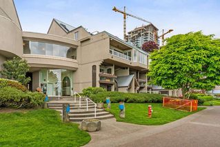 "Photo 1: 212 5 K DE K Court in New Westminster: Quay Condo for sale in ""Quayside Terrace"" : MLS®# R2278013"